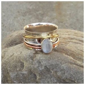 .925 Rainbow Moonstone Spinner Ring>Size 7
